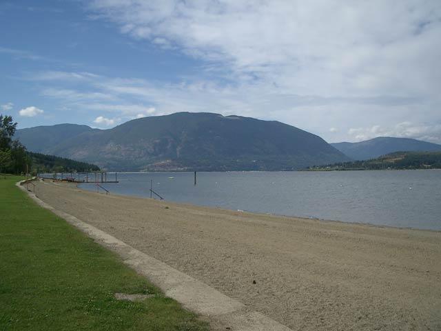 Salmon Arm Bc Map Sandy Beaches Shuswap Lake Provincial